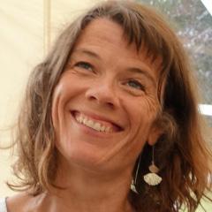 Karine Le Ménez, aromathérapeute chez Une Goutte de Lavande
